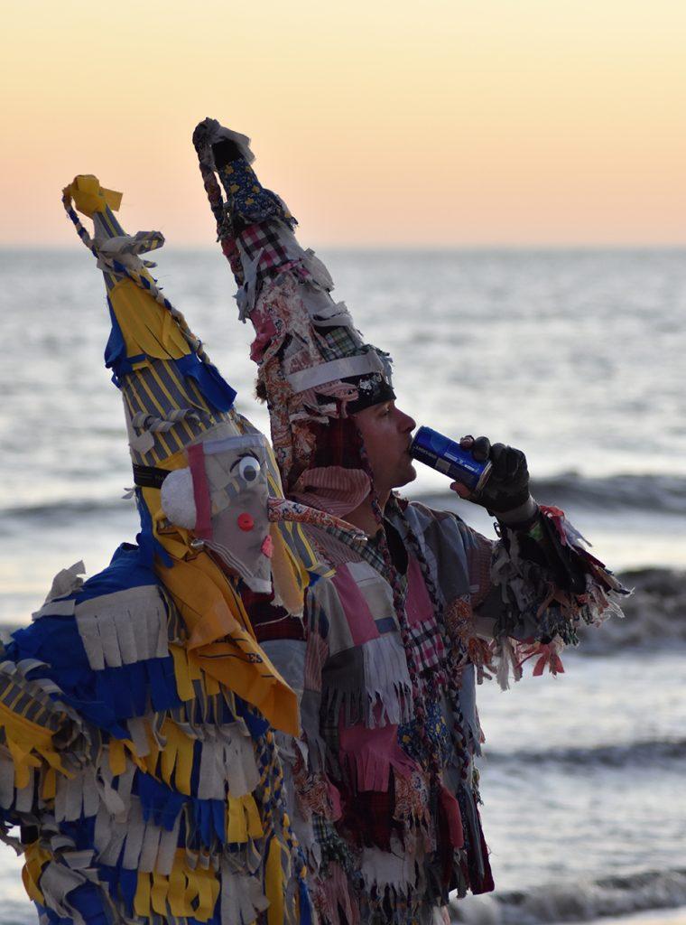 Tradycyjne stroje podczas Cajuńskiego Mardi Gras